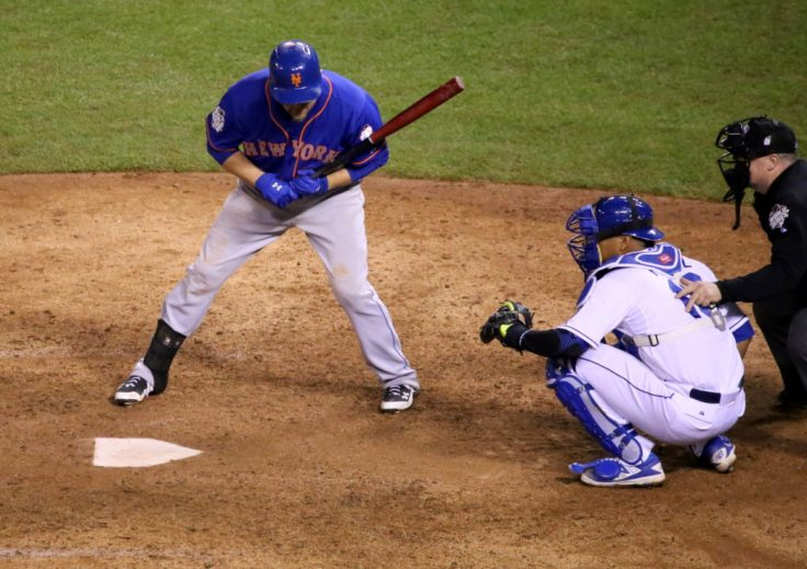 Lucas Duda takes a pitch during #WorldSeries Game 1.